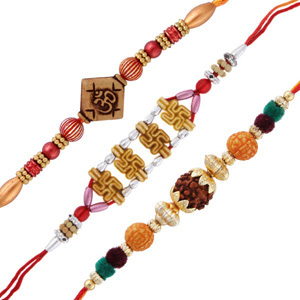 3 auspicious rakhi set